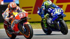 MotoGP 2018, GP Olanda, Rossi e Marquez in azione