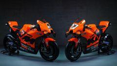 MotoGP 2021, presentazione KTM RC16: le due moto Tech3 di Petrucci e Lecuona
