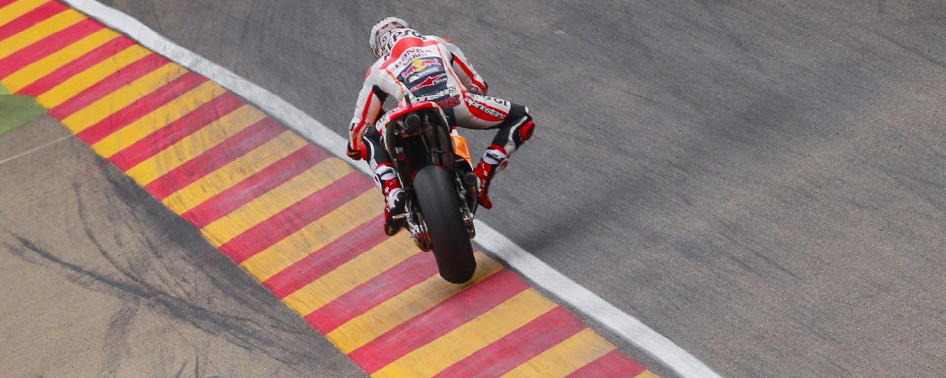 MotoGP Aragon 2016: Marc Marquez domina le qualifiche, Vinales secondo e Lorenzo terzo