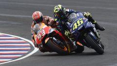 MotoGP Argentina 2018, il contatto tra Marquez e Rossi
