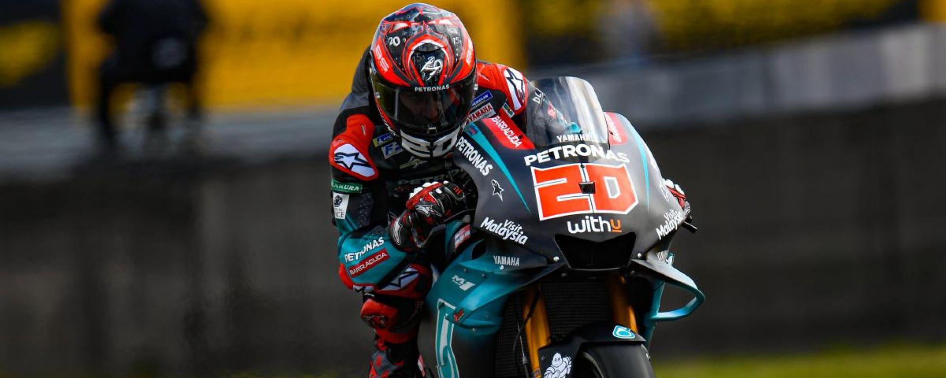 MotoGP Assen, Quartararo in pole davanti a Vinales. 14° Rossi
