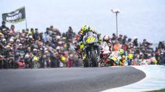 MotoGP Australia 2019, Phillip Island: Valentino Rossi (Yamaha) comanda il gruppo