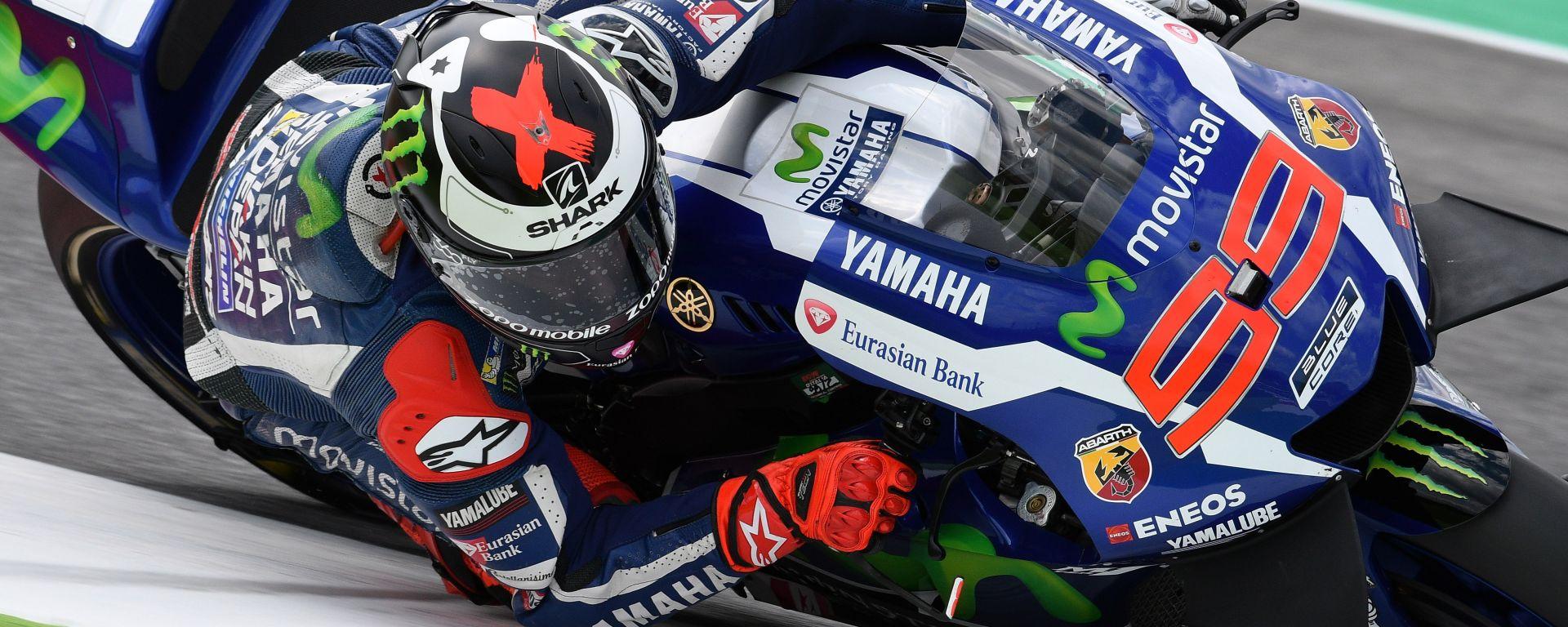 MotoGP Barcellona 2016: Jorge Lorenzo davanti a tutti nelle FP2, ma Vinales è vicino