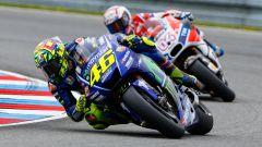 MotoGP Brno 2017, Valentino Rossi in lotta con Andrea Dovizioso