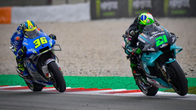 MotoGP Catalunya 2020, Franco Morbidelli (Yamaha) e Joan Mir (Suzuki)