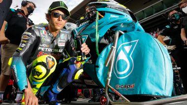 MotoGP Catalunya 2021, Valentino Rossi (Yamaha Petronas SRT) prima del GP