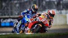 MotoGP Gran Bretagna 2019, Alex Rins (Suzuki) e Marc Marquez (Honda)