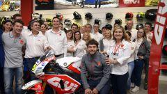 MotoGP: il team LCR incontra il pubblico al GIVI point di Brescia. Lucio Cecchinello ci racconta trent'anni di Motomondiale - Immagine: 2