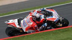 MotoGP Inghilterra 2017, Andrea Dovizioso in azione