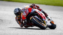 MotoGP Inghilterra 2017: Marc Marquez in pole davanti a Valentino Rossi e Cal Crutchlow