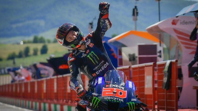 MotoGP Italia 2021, Mugello: Fabio Quartararo (Yamaha) esulta per la vittoria