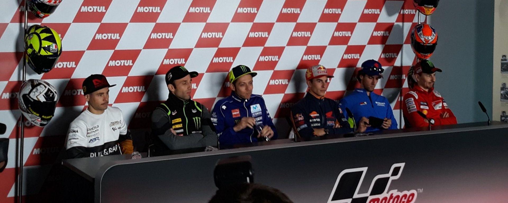 Rossi e Vinales, è sfida Yamaha per il terzo posto iridato a Valencia