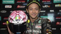 Valentino Rossi, il casco per Misano stavolta è per la figlia in arrivo