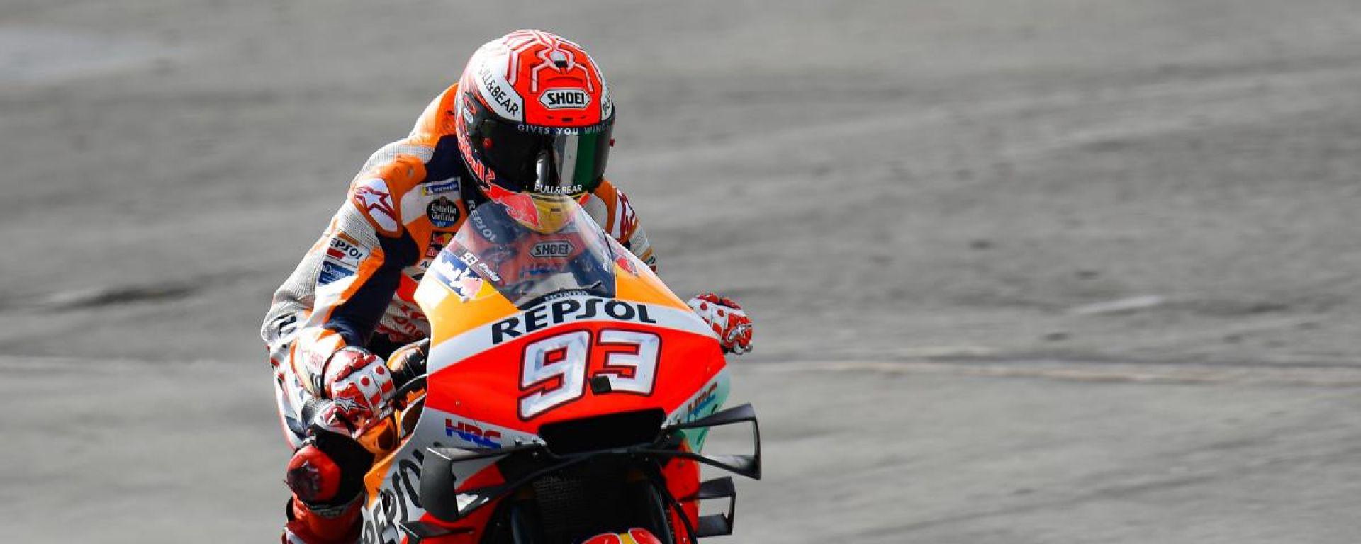 MotoGP Silverstone, Marquez in pole. Rossi 2°