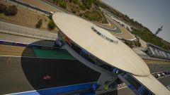 MotoGP Spagna 2020, Jerez - Marc Marquez (Honda) transita sotto l'astronave