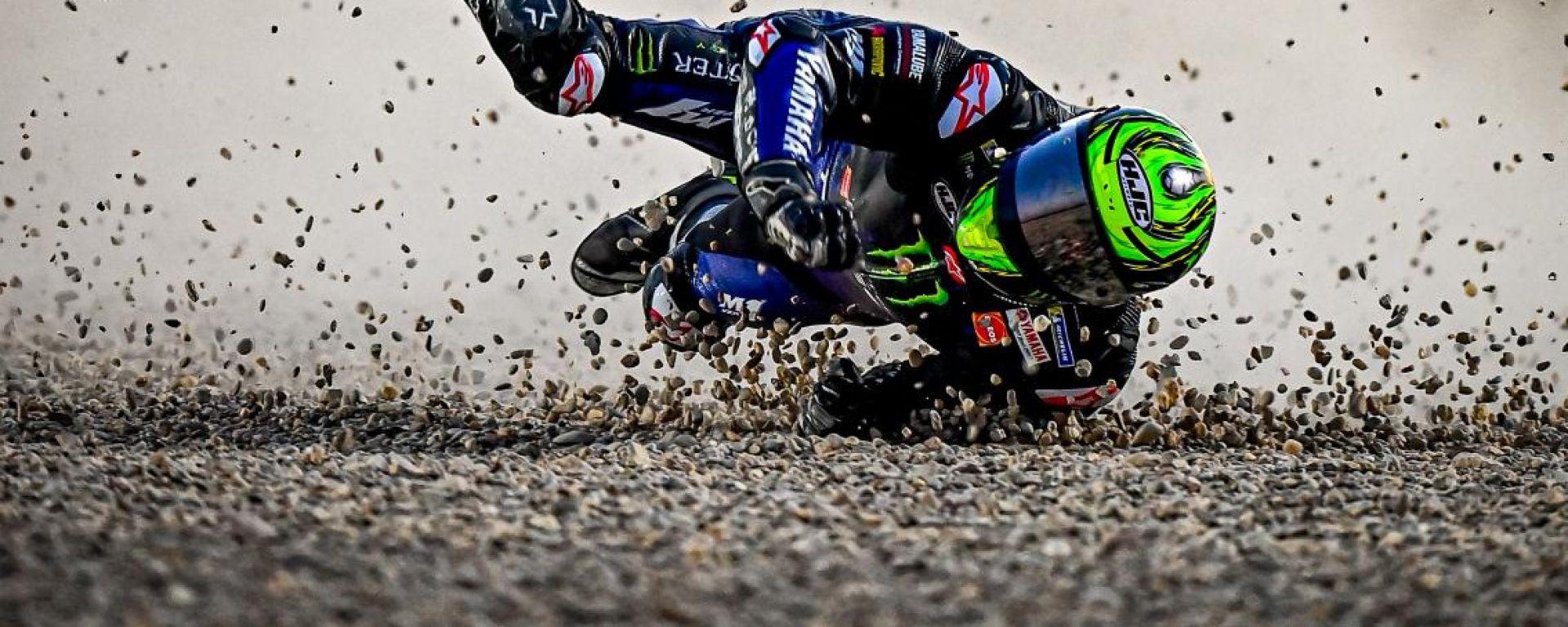 MotoGP Test 2021, Losail: la caduta di Cal Crutchlow (Yamaha)