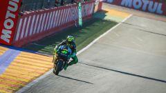 MotoGP Valencia  2016: Jorge Lorenzo in pole, davanti a Marquez e Rossi - Immagine: 4