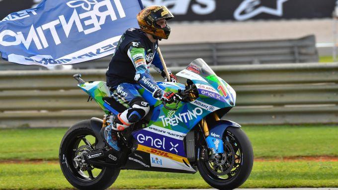 MotoGP Valencia 2019, Matteo Ferrari (Team Gresini) primo campione del mondo MotoE