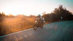 MT Helmets Atom SV e Zero Motorcycles in movimento