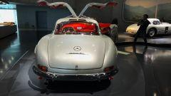 Museo Mercedes di Stoccarda: l'inconfondibile Mercedes 300SL e le sue ali di gabbiano