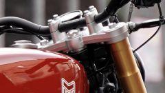 Mutt Razorback 125: i foderi forcella color oro si sposano perfettamente con la colorazione rossa