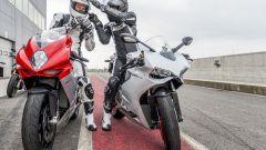 MV Agusta F3 800 vs Ducati 899 Panigale - Immagine: 60