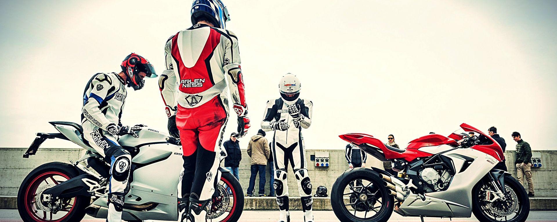 MV Agusta F3 800 vs Ducati 899 Panigale