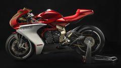 MV Agusta Superveloce 800 ciclistica, motore e impianto frenante derivano dalla MV Agusta F3 800