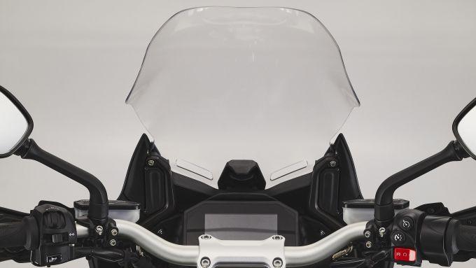 MV Agusta Turismo Veloce 2021: il cupolino cresce di dimensioni