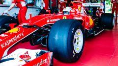 Nei box di Fiorano per testare le nuove mescole Pirelli P Zero 2017