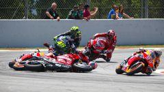 Nel GP Catalunya 2019 Valentino Rossi (Yamaha) e Andrea Dovizioso (Ducati) furono stesi da Jorge Lorenzo (Ducati)