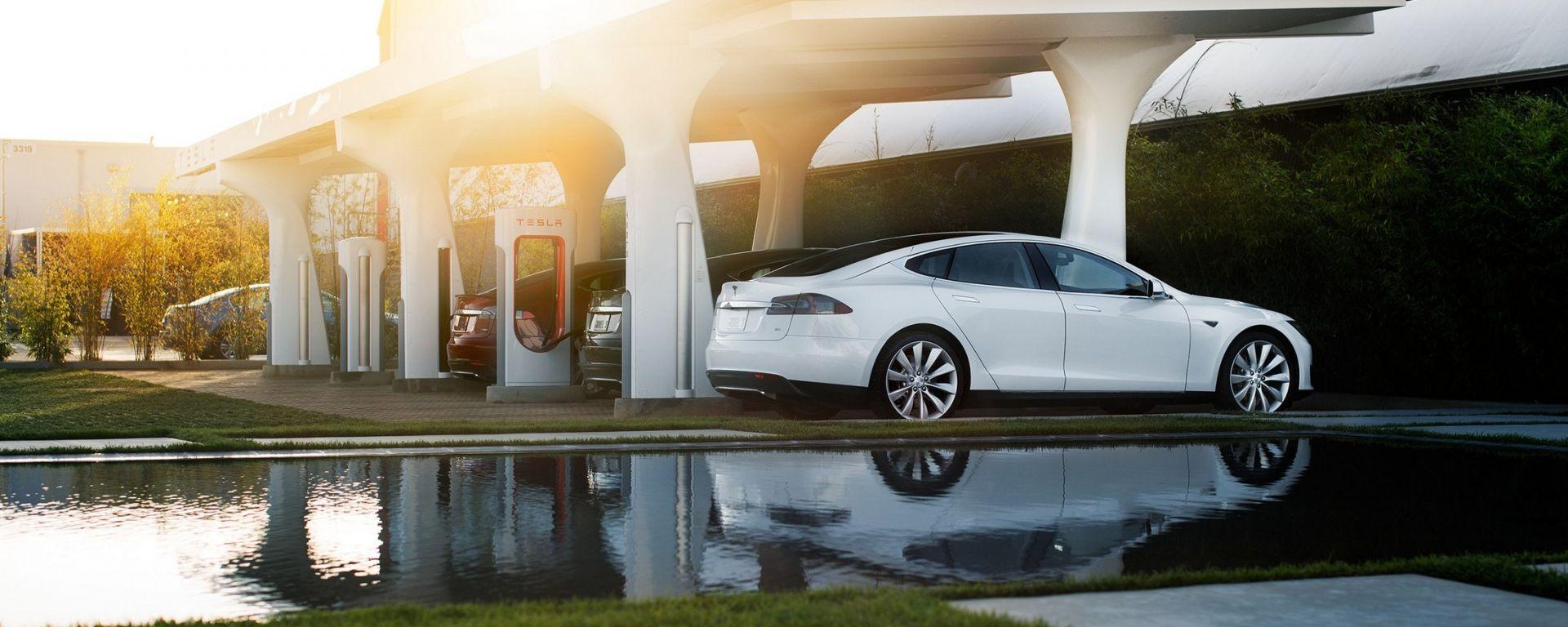 Auto elettriche ed ibride plug-in: nel mondo ne circolano 2 milioni
