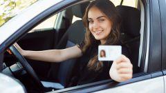 Neopatentati: una ricerca sui giovani tra 18 e 21 anni e l'auto dei loro sogni