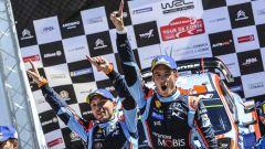 Neuville e Gilsoul - Hyundai Motorsport podio Tour de Corse