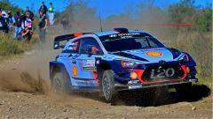 Neuville e la sua Hyundai i20 - WRC 2017 Rally Argentina