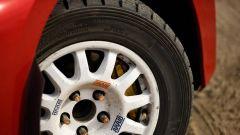 Nissan 350Z Rally Car, le gomme specifiche da sterrato