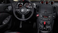Nissan 370Z 50th Anniversary Edition 2020 interni