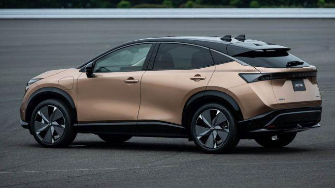 Nissan Ariya: 100% elettrica, 100% SUV