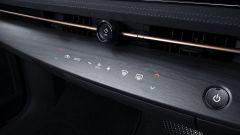 Nissan Ariya 2020: i comandi touch del climatizzatore