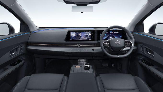 Nissan Ariya 2020: visuale di insieme dell'abitacolo