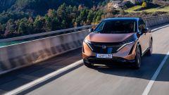 Nissan Ariya: il SUV coupé a batterie da 394 CV. Video