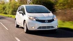 Nissan: arriva la vernice anti-sporco - Immagine: 2