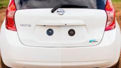 Nissan: arriva la vernice anti-sporco - Immagine: 10