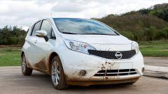 Nissan: arriva la vernice anti-sporco - Immagine: 6