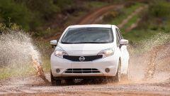 Nissan: arriva la vernice anti-sporco - Immagine: 13