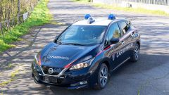 Nissan e Subaru per i Carabinieri: la Leaf di 3/4 anteriore