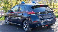 Nissan e Subaru per i Carabinieri: la Leaf di 3/4 posteriore