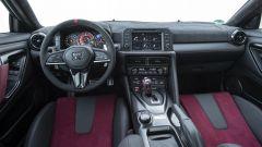 Nissan GT-R Nismo 2020, gli interni
