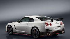 Nissan GT-R Nismo: vista 3/4 posteriore