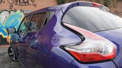 Nissan Juke 1.5 DCi N-Connecta - davvero belle le luci di coda a boomerang, ispirate a quelle della Nissan 370Z.